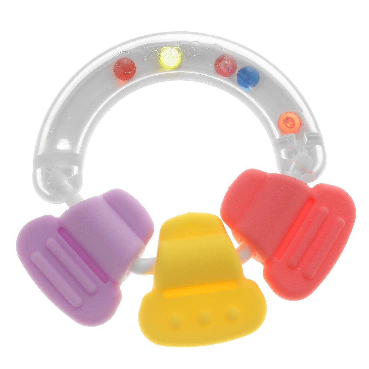 PIGEON Прорезыватель-погремушка R313192Прорезыватель-погремушка Pigeon рекомендуется для детей, у которых начинают прорезываться зубы. Он успокоит десны младенцев, а цветные бусины на верхней части способствуют развитию слуха, а также развлекут ребенка. Практичная рукоятка предназначена для самых маленьких рук младенцев, что поможет им легко захватить прорезыватель. Прорезыватель развивает мелкую моторику, воображение, концентрацию внимания и цветовое восприятие ребенка.