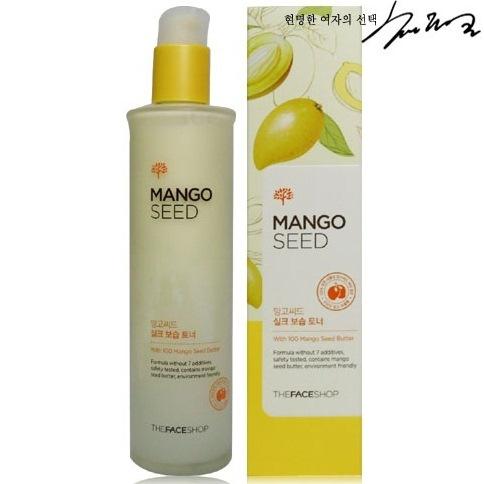 The Face Shop лосьон для лица Mango Seed Silk Moisturizing Lioton, 125 млУТ000001175Увлажняющий лосьон для лица с экстрактом семечек манго и экстрактами натурального шёлка. Этот продукт сделает Вашу кожу гладкой и здоровой, напитает глубокие слои кожи живительной влагой, восстановит здоровый цвет лица. Экстракт Манго получают из плодов мангового дерева, богат углеводами, протеинами, витаминами А, В, С, Е. Экстракт Манго питает, увлажняет кожу, оказывает регенерирующее действие.