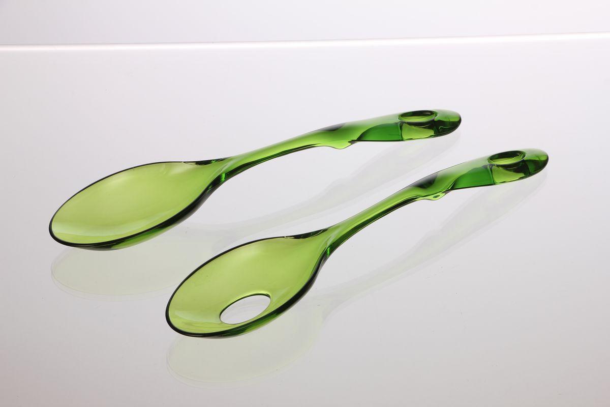 Ложка сервировочная Louis Gourmet, цвет: зеленый, длина 30 см, 2 штGL 1911Сервировочные ложки Louis Gourmet изготовлены из качественного пластика. Удобная ручка не позволит выскользнуть ложке из вашей руки, сделает приятным процесс приготовления любого блюда. На одной ложке предусмотрено специальное отверстие. Такими ложками удобно перемешивать, а также раскладывать блюда на тарелки. На ручке имеется небольшое отверстие, за которое изделие можно подвесить в любом удобном для вас месте. Практичные и удобные ложки Louis Gourmet займут достойное место среди аксессуаров на вашей кухне.