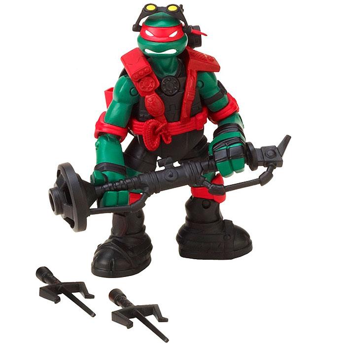 Фигурка Turtles Рафаэль, 12 см90570Фигурка Turtles Рафаэль станет прекрасным подарком для вашего ребенка. Она выполнена из прочного пластика в виде Рафаэля. Голова, руки и ноги фигурки подвижны, что позволяет придавать Рафаэлю различные позы. В комплект входит оружие Рафаэля - два кинжала, таран. Ваш ребенок будет часами играть с этой фигуркой, придумывая различные истории с участием знаменитого героя.
