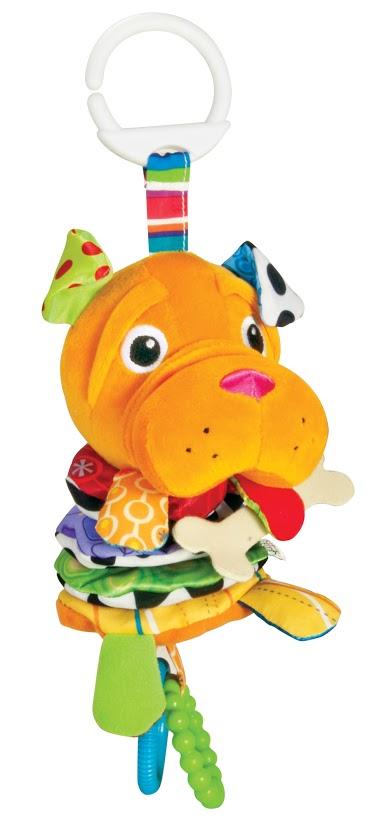 Lamaze Мягкая игрушка-подвеска Шарпей ШиверLC27550RUМягкая игрушка-подвеска Lamaze Шарпей Шивер выполнена из разнофактурных текстильных материалов, которые абсолютно безопасны для малыша. Игрушка выполнена в виде привлекательной собачки породы шарпей. Снизу к игрушке с помощью шнурка крепятся два пластиковых кольца. Стоит только потянуть за них, как собачка растянется, как гармошка, а её тело завибрирует. У шарпея шелестящие ушки и лапки. Также игрушка оснащена кольцом для легкого и надежного крепления к кроватке, игровому центру или коляске. Мягкая игрушка-подвеска Lamaze Шарпей Шивер концентрирует внимание малыша, развивает слуховое и пространственное восприятие.