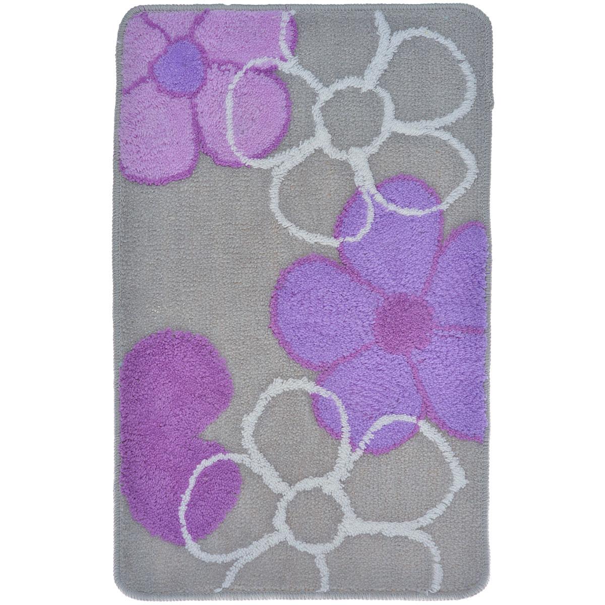 Коврик для ванной комнаты Fresh Code, цвет: серый, фиолетовый, 80 х 50 см54930_серый, фиолетовыйКоврик для ванной Fresh Code изготовлен из 100% акрила с латексной основой. Коврик, украшенный оригинальным рисунком, создаст уют в ванной комнате. Акриловый ворс коврика хорошо впитывает воду, создает комфортное покрытие. Рекомендации по уходу: - стирать в ручном режиме, - не использовать отбеливатели, - не гладить, - не подходит для сухой чистки (химчистки). Размер коврика: 80 см х 50 см.
