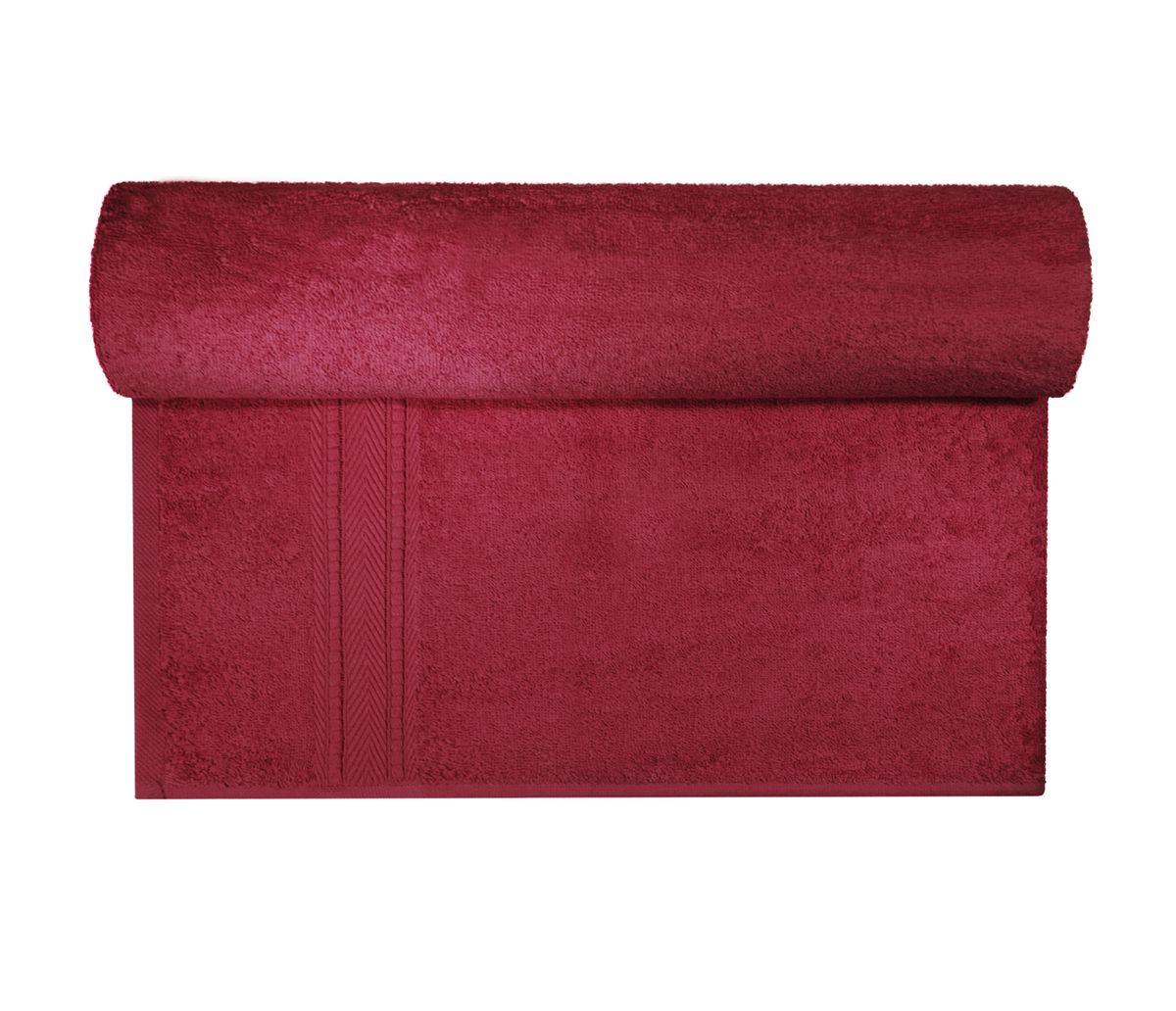 Полотенце махровое Osborn Textile, цвет: бордовый, 70 х 140 смУзТ-МПБ-004-02-18В состав полотенца Osborn Textile входит только натуральное волокно - хлопок. Лаконичные бордюры подойдут для любого интерьера ванной комнаты. Полотенце прекрасно впитывает влагу и быстро сохнет. При соблюдении рекомендаций по уходу не линяет и не теряет форму даже после многократных стирок. Плотность: 450 г/м2.