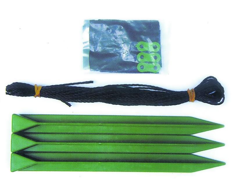 Распорка для деревьев Green Apple, наборGTSK-1Молодое дерево часто нуждается в дополнительной опоре и поддержке. Чтобы помочь саженцу преодолеть определенный барьер роста, лучше всего использовать распорку для деревьев Green Apple. Набор включает в себя: Колышек для подвязывания: 3 шт. Веревка для подвязывания. Материал для защиты ствола дерева от трения веревки.