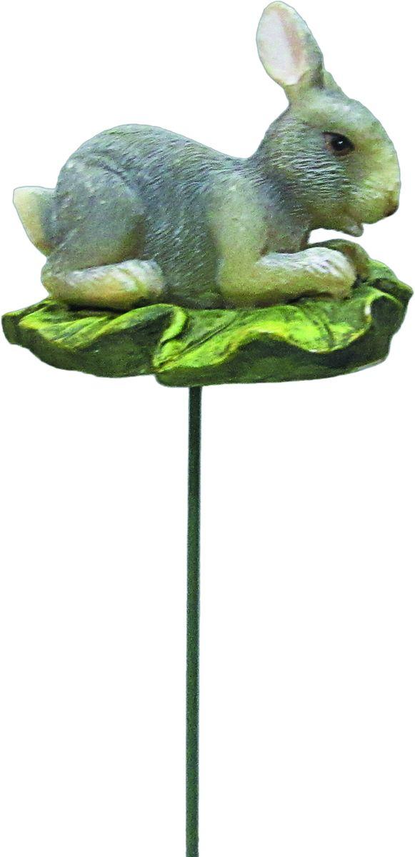Штекер декоративный Заяц 5,5 х 4,5 х 25GA200-09Декоративный штекер с фигурой предназначен для разрыхления почвы в цветочных горшках и украшения цветочной композиции. Основание штекера изготовлено из стали и покрыто темно-зеленой эмалью, фигурка выполнена из полистоуна, что долговечно в использовании.