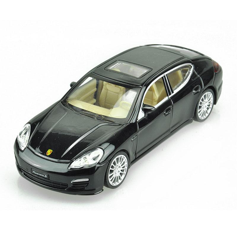 Maxi Toys Модель автомобиля Porsche PanameraCP-68344-BLМашинка металлическая инерционная. Функции : инерционный двигатель; открывание дверей (опционально капот/багажник); звук; свет.