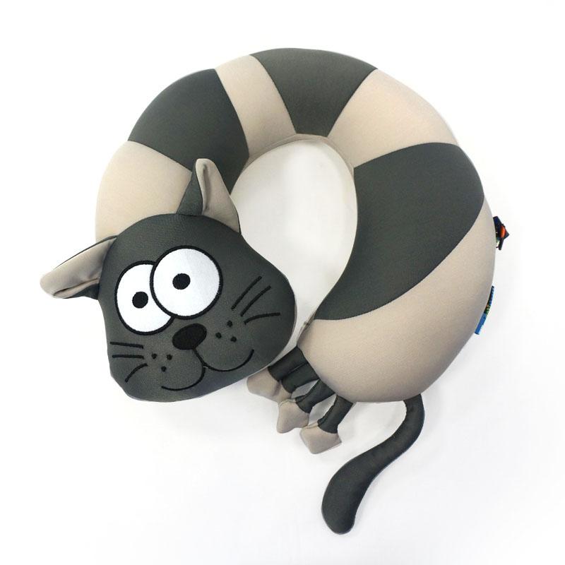 MAXITOYS Подушка Подголовник КотMT-H0414014Главное достоинство подушки-это осязательный массаж, приятный, полезный и антидепрессивный. Внешний материал-гладкий, эластичный и прочный трикотаж. Наполнитель: гранулы полистирола-крохотные шарики диаметром меньше миллиметра. Срок службы не ограничен.