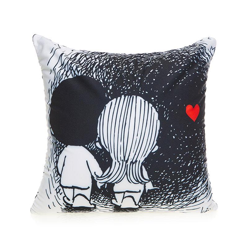 MAXITOYS Подушка Love Is...MT-H091403Подушка изготовлена по лицензии Love is…. Влюбленная пара на подушке всем известна с детства. Подушка Love is… будет замечательным подарком для любимого человека в любой праздничный день. Состав: 100% полиэстер, наполнитель: вспененный полистирол.