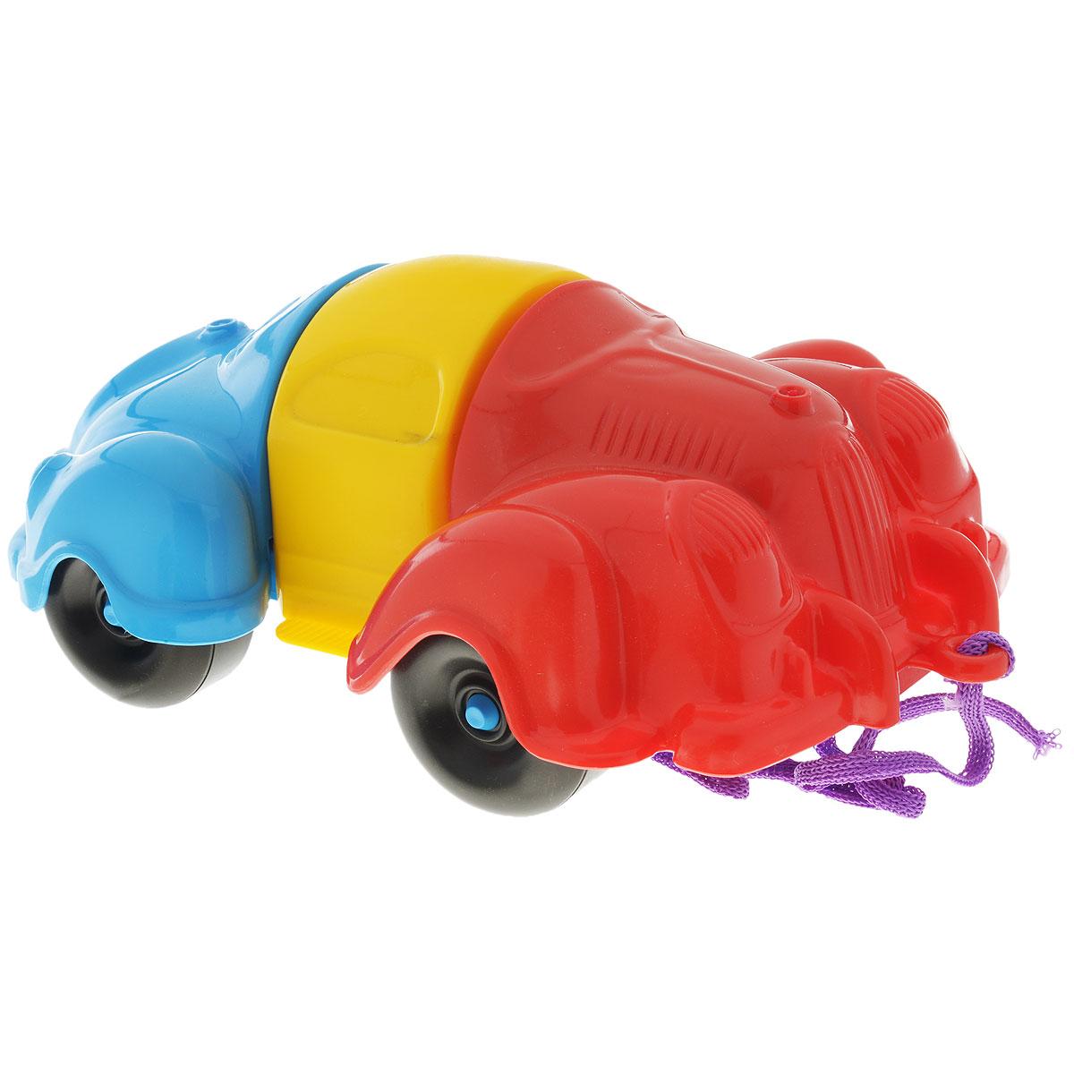 Bauer Каталка-конструктор Автомобиль282Каталка-конструктор Bauer Автомобиль обязательно привлечет внимание вашего малыша. Игрушка состоит из нескольких крупных деталей разного цвета, из которых можно собрать машинку. Также в комплект входит верёвочка, которую можно привязать к каталке, чтобы ребёнок мог катить её за собой. Игрушка сделана из высококачественного пластика с использованием пищевых красителей. С такой игрушкой ваш ребенок весело проведет время, играя на детской площадке или в песочнице. А процесс сборки игрушки-конструктора поможет малышу развить мелкую моторику пальчиков, внимательность и усидчивость. Порадуйте своего малыша такой чудесной игрушкой!