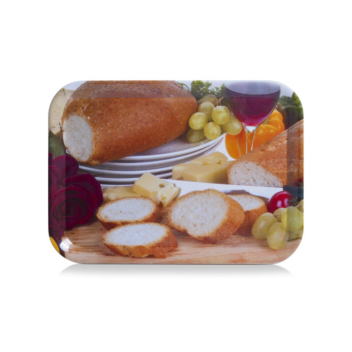 Поднос Zeller, 39 см х 28 см26684Оригинальный поднос Zeller, изготовленный из пластика, станет незаменимым предметом для сервировки стола. Поднос не только дополнит интерьер вашей кухни, но и предохранит поверхность стола от грязи и перегрева. Яркий и стильный поднос Zeller придется по вкусу и ценителям классики, и тем, кто предпочитает современный стиль.