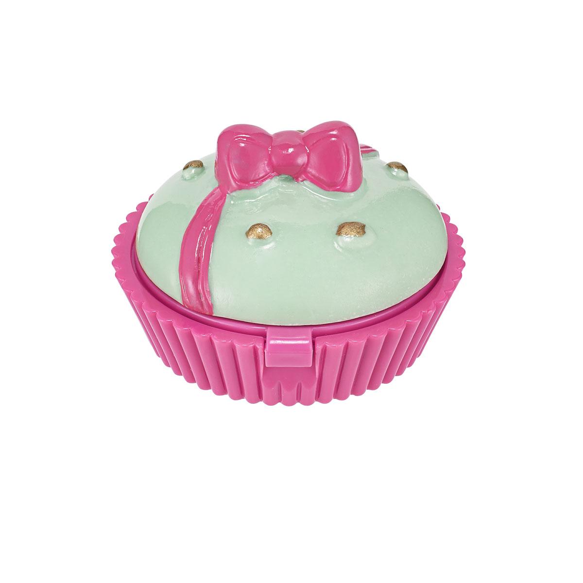Holika Holika Бальзам для губ Desert Time Lip Balm, #02 Pink Cup Cake, арбуз, 7 гУТ000001349Перевыпуск знаменитого бальзама для губ, выпущенного в виде очаровательных десертов! Теперь средство наносится еще легче, а благодаря инновационной формуле бальзам не течет, не оставляет ощущения липкости после применения и имеет прекрасную стойкость. При этом каждое средство имеет свой неповторимый аромат: 01 - клубника, 02 - арбуз, 03 - персик, 04 - слива, 05 - апельсин, 06 - лимон.