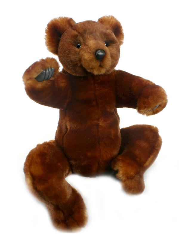 Мягкая игрушка Hansa Медвежонок, 26 см4794Очаровательная мягкая игрушка Hansa Медвежонок принесет радость и подарит своему обладателю мгновения нежных объятий и приятных воспоминаний. Эта плюшевая игрушка с самых ранних лет будет прививать ребенку любовь к живой природе. Игрушка очень похожа на своего живого прототипа. С ней не захочется расставаться. Ребенок будет с ней ходить повсюду и даже брать с собой спать в кроватку. Игрушки фирмы Hansa шьются и набиваются вручную, что позволяет достигнуть максимальной реалистичности образа. Данная игрушка выполнена из искусственного меха, специально обработанного для придания схожести с мехом конкретного вида животного. Глаза выполнены из пластика, нос из искусственной кожи. Удивительно мягкий и приятный на ощупь медвежонок. Игрушке можно задавать любое положение лап и головы за счёт незаметного вращающегося внутреннего каркаса. Плюшевый симпатичный медвежонок станет замечательным украшением детской комнаты или одним из экспонатов игрушечного мини-зоопарка. Во...