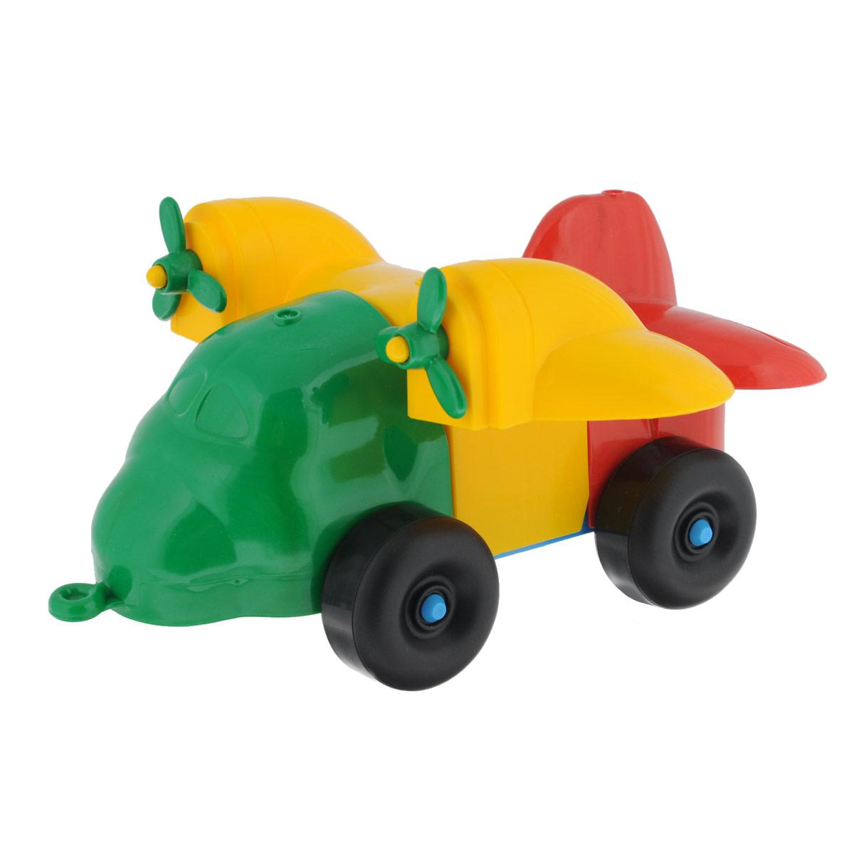 Каталка-конструктор Bauer Самолет. 284284Каталка-конструктор Bauer Самолет обязательно привлечет внимание вашего малыша. Игрушка состоит из нескольких крупных элементов разных цветов, из которых можно собрать самолет на колесиках. Также в комплект входит верёвочка, которую можно привязать к игрушке, чтобы ребёнок мог катить её за собой. Игрушка выполнена из высококачественного пластика с использованием пищевых красителей. С такой игрушкой ваш ребенок весело проведет время, играя на детской площадке или в песочнице. А процесс сборки игрушки-конструктора поможет малышу развить мелкую моторику пальчиков, внимательность и усидчивость. Порадуйте своего малыша такой чудесной игрушкой!