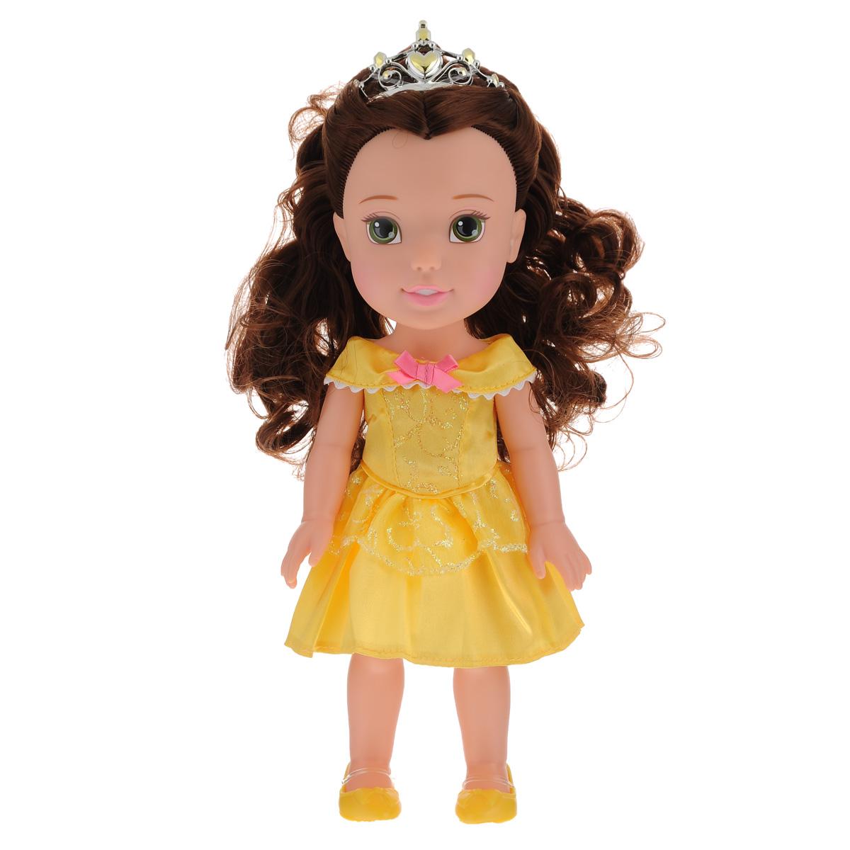 Disney Fairies Кукла My First Disney Princess Малышка Белль751170_ребенок БеллыКукла Disney Princess My First Disney Princess: Малышка Белль  непременно понравится вашей дочурке. Кукла в виде принцессы Белль выполнена из пластика и одета в прекрасное желтое платье с блестящими вставками, на ножках - желтые туфельки. У куклы прекрасные темные локоны, которые можно заплетать. Голову украшает серебристая тиара. Такая куколка очарует вас и вашу дочурку с первого взгляда! Ваша малышка с удовольствием будет играть с принцессой Белль, проигрывая сюжеты из мультфильма или придумывая различные истории. Порадуйте свою дочурку таким замечательным подарком!