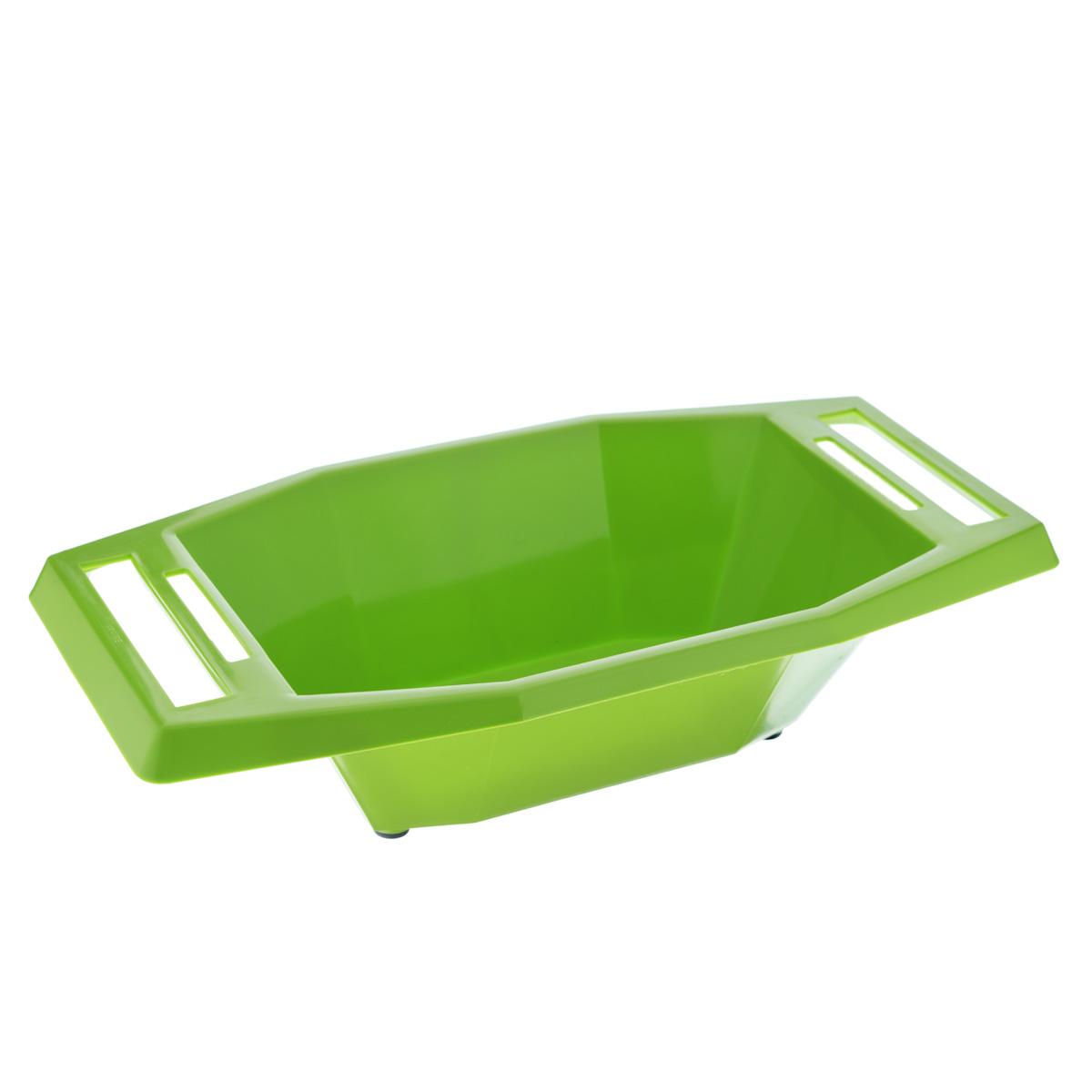 Судок для овощерезок и терок Borner, цвет: зеленый, 18,5 х 35 х 8,5 см3721074Судок Borner изготовлен из пищевой пластмассы, устойчивой к воздействию уксуса и масла. Благодаря этому в нем можно готовить и подавать на стол любые салаты. Резиновые ножки не дадут судку скользить по столу. Ручки изделия имеют специальные прорези, в которых любая овощерезка и терка Borner крепится горизонтально и жестко. С судком Borner вам не придется собирать резаные овощи со стола и вытирать сок - все будет быстро, чисто и практично. С ним ваша работа будет намного эффективнее и гигиеничнее.