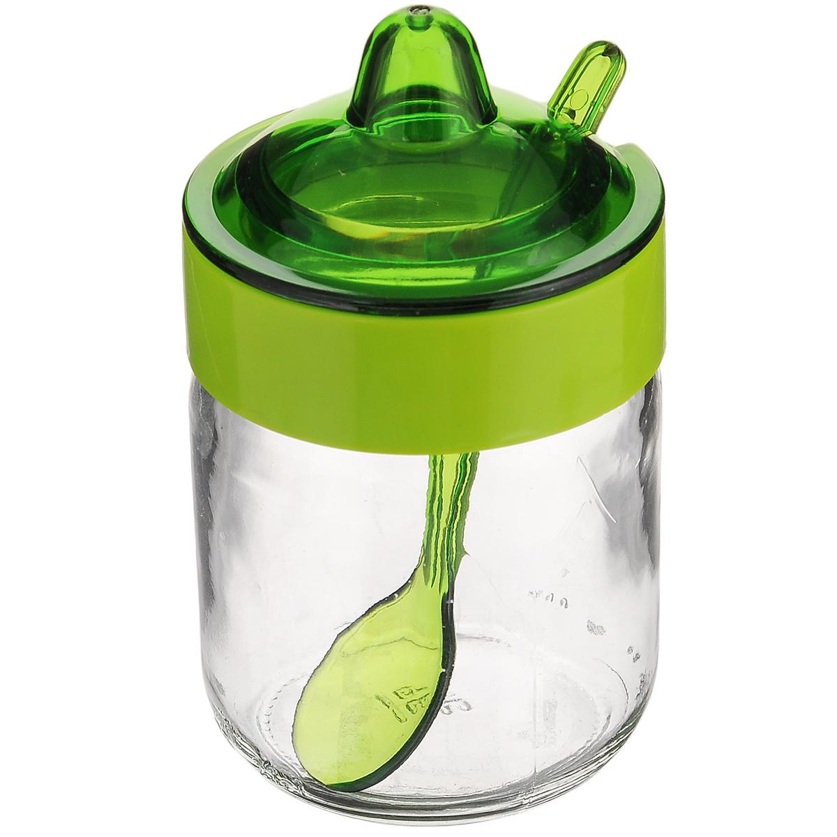 Емкость для соуса Herevin, с ложкой, цвет: зеленый, 200 мл131505-000_зеленыйЕмкость для соуса Herevin изготовлена из прочного стекла. Банка оснащена пластиковой крышкой и ложкой. Изделие предназначено для хранения различных соусов. Функциональная и вместительная, такая банка станет незаменимым аксессуаром на любой кухне. Можно мыть в посудомоечной машине. Пластиковые части рекомендуется мыть вручную. Диаметр (по верхнему краю): 5,5 см. Высота банки (без учета крышки): 8,5 см. Длина ложки: 11 см.