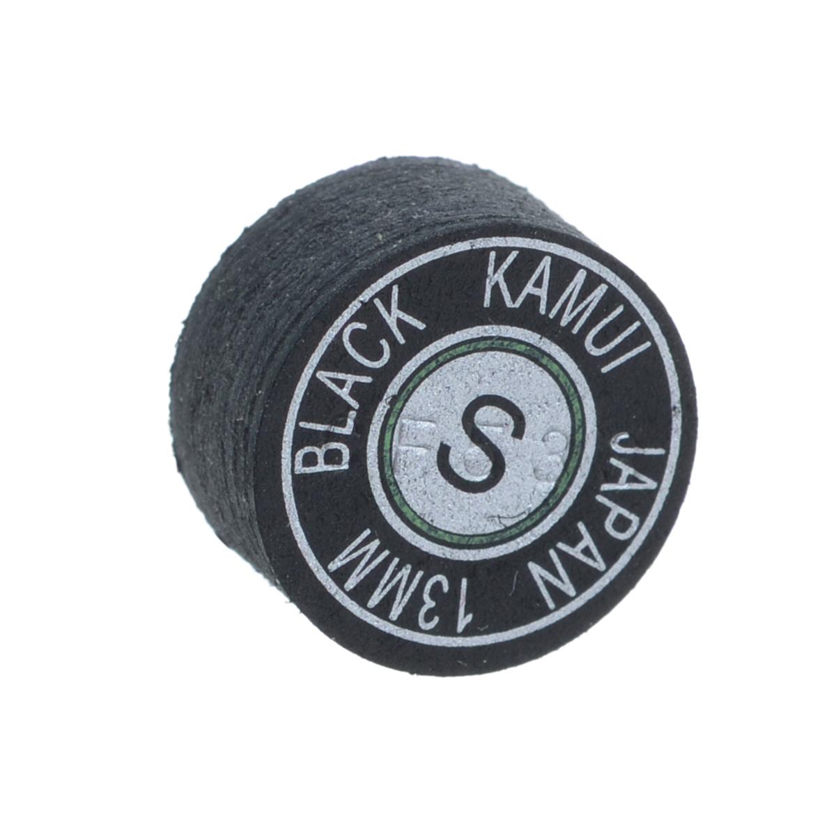 Наклейка для кия Kamui Black, мягкая, 13 мм03102Почему игроки выбирают наклейки KAMUI: Повышенная устойчивость к влажности. Кожа для наклеек KAMUI проходит этап растительного дубления. Это позволяет сделать кожу более эластичной и прочной по сравнению, например, с кожей, которая прошла этап хромового дубления. Тем не менее, после растительного дубления кожа имеет тенденцию поглощать влагу, которая уменьшает как прочность, так и эластичность кожи. Именно поэтому KAMUI проводит дополнительный, специальный, этап дубления кожи, после которого кожа сохраняет прочность и эластичность. Как результат - наклейки KAMUI не изменяют своих игровых свойств даже в средах с повышенной влажностью. Уменьшение эффекта грибной шляпки. Появление у наклейки формы грибной шляпки связано с отсутствием достаточной прочности у наклейки при ударе по шарам. Эта шляпка не позволит игроку сделать точный, аккуратный удар. Во время дубления кожи для наклеек KAMUI процесс останавливается именно в тот момент, ...