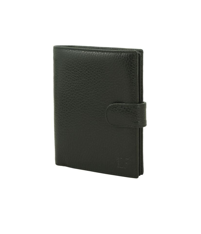 Dimanche Портмоне с блоком для прав и отделением для паспорта Street арт. 003003Удобное многофукциональное портмоне из натуральной кожи. Выполняет фукции кошелька, обложки для паспорта и для автодокументов. Внутри 2 объемных отделения для купюр и карман на молнии. Имеется отделение для паспорта, блок для автодокументов, 11 карманов для визиток/кредиток, окошко для пропуска, 2 потайных кармана, прорезь для sim-карты. На задней стороне имеется объемный карман для мелочи на молнии. Закрывается хлястиком на кнопку.