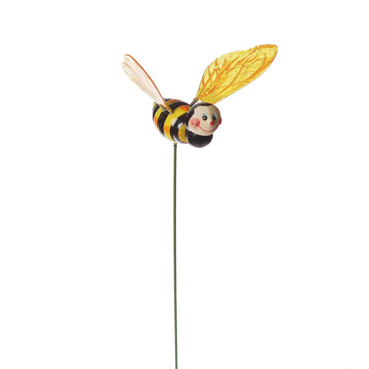 Украшение на ножке Village People Пчелка, высота 47 см64583Украшение на ножке Village People представляет собой металлический стержень с фигуркой пчелки, выполненной из полистирола. Крылышки на пружинках. Изделие предназначено для декорирования садового участка, грядок, клумб, цветочных кашпо, а также для поддержки и правильного роста растений. Легко устанавливается в землю, замечательно украсит ваш сад и добавит ярких красок.