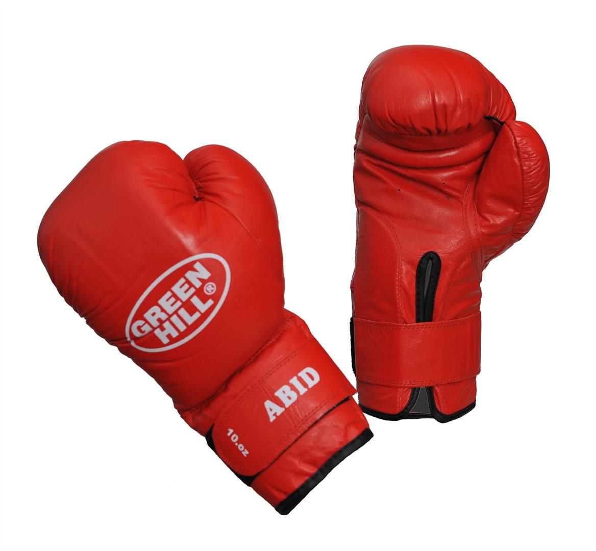 Перчатки боксерские Green Hill Abid, цвет: красный. Вес 10 унцийBGA-2024Боксерские тренировочные перчатки Green Hill Abid отлично подойдут для начинающих спортсменов. Верх выполнен из натуральной кожи. Мягкий наполнитель из очеса предотвращает любые травмы. Широкий ремень, охватывая запястье, полностью оборачивается вокруг манжеты, благодаря чему создается дополнительная защита лучезапястного сустава от травмирования. Застежка на липучке способствует быстрому и удобному одеванию перчаток, плотно фиксирует перчатки на руке.
