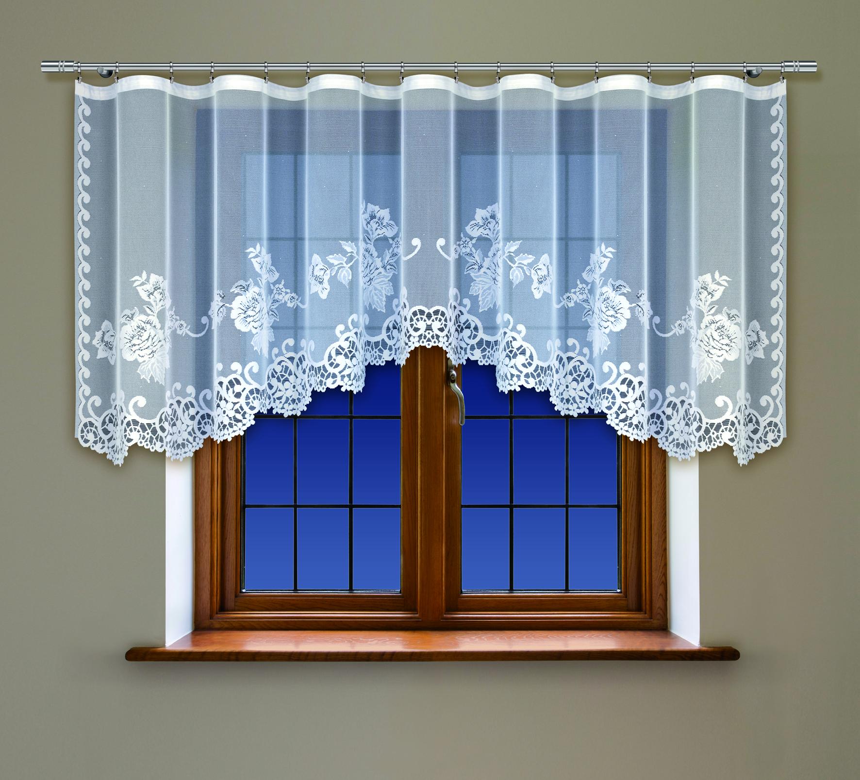 Гардина Haft, на ленте, цвет: белый, высота 115 см. 218370/115218370/115Воздушная гардина Haft, изготовленная из полиэстера белого цвета, станет великолепным украшением кухонного окна. Оригинальный цветочный рисунок, тонкое кружево и нежный орнамент привлечет к себе внимание и органично впишется в интерьер помещения. В гардину вшита шторная лента для красивой сборки. В комплект входит: Гардина - 1 шт. Размер (Ш х В): 300 см х 115 см.
