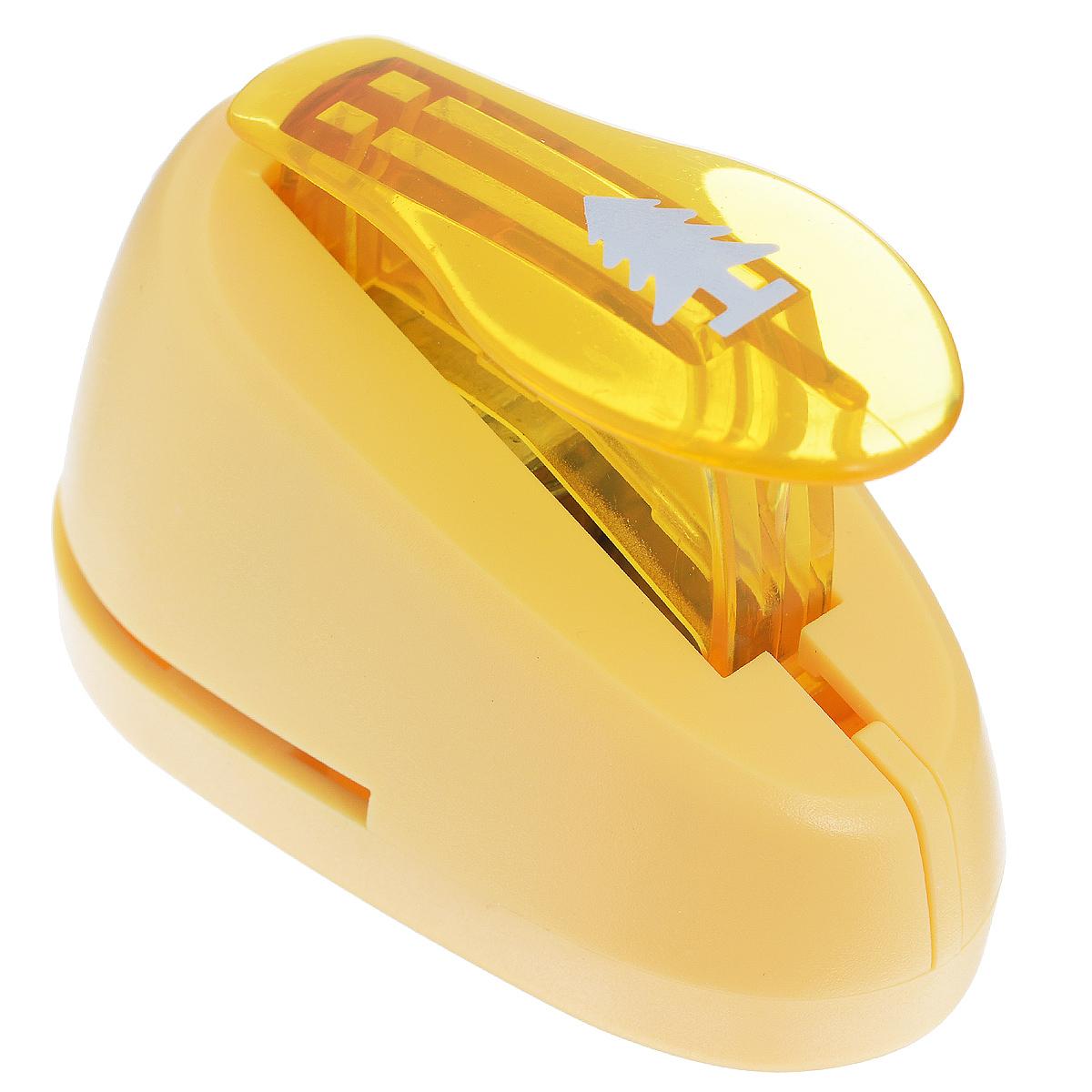 Дырокол фигурный Астра Елка. CD-99S7709603_49Дырокол Астра Елка поможет вам легко, просто и аккуратно вырезать много одинаковых мелких фигурок. Режущие части компостера закрыты пластмассовым корпусом, что обеспечивает безопасность для детей. Вырезанные фигурки накапливаются в специальном резервуаре. Можно использовать вырезанные мотивы как конфетти или для наклеивания. Дырокол подходит для разных техник: декупажа, скрапбукинга, декорирования. Размер дырокола: 7 см х 4 см х 5 см. Размер готовой фигурки: 1,5 с
