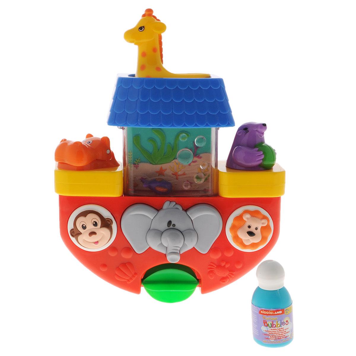 Kiddieland Игрушка для ванны КорабликKID 029645С игрушкой для ванны Kiddieland Кораблик ни один ребенок не захочет вылезать из ванны! Лейте воду черпачком-жирафом и наблюдайте за маленькой рыбкой, которая плавает в прозрачном резервуаре. Вода медленно начнет стекать по туловищу слона и крутить водное колесо. Нажмите, чтобы пустить струю воды из веселого тюленя, или наблюдайте за пузырьками, вылетающими из большого рта гиппопотама! Игрушка имеет присоски для установки на любую ровную поверхность. Превратите купание малыша в веселый праздник!