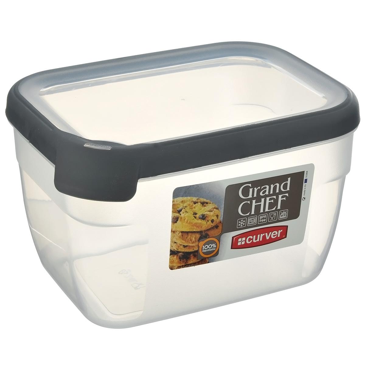Емкость для заморозки и СВЧ Curver Grand Chef, цвет: серый, 2,4 л07399-673-00Прямоугольная емкость для заморозки и СВЧ Grand Chef изготовлена из высококачественного пищевого пластика (BPA free), который выдерживает температуру от -40°С до +100°С. Стенки емкости и крышка прозрачные. Крышка по краю оснащена силиконовой вставкой, благодаря которой плотно и герметично закрывается, дольше сохраняя продукты свежими и вкусными. Емкость удобно брать с собой на пикник, дачу, в поход или просто использовать для хранения пищи в холодильнике. Можно использовать в микроволновой печи и для заморозки в морозильной камере. Можно мыть в посудомоечной машине.