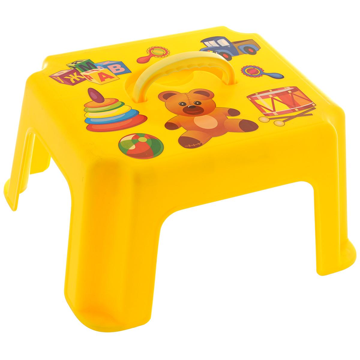 Табурет-подставка детский Idea, с ручкой, цвет: желтыйМ 2290_ желтыйТабурет-подставка Idea изготовлен из высококачественного прочного пластика, оформленного красочными изображениями, которые привлекут внимание ребенка. Изделие предназначено для детей, можно использовать и как стульчик, и как подставку для игрушек. Очень удобный аксессуар для мам и малышей. Табурет оснащен ручкой для удобной переноски.