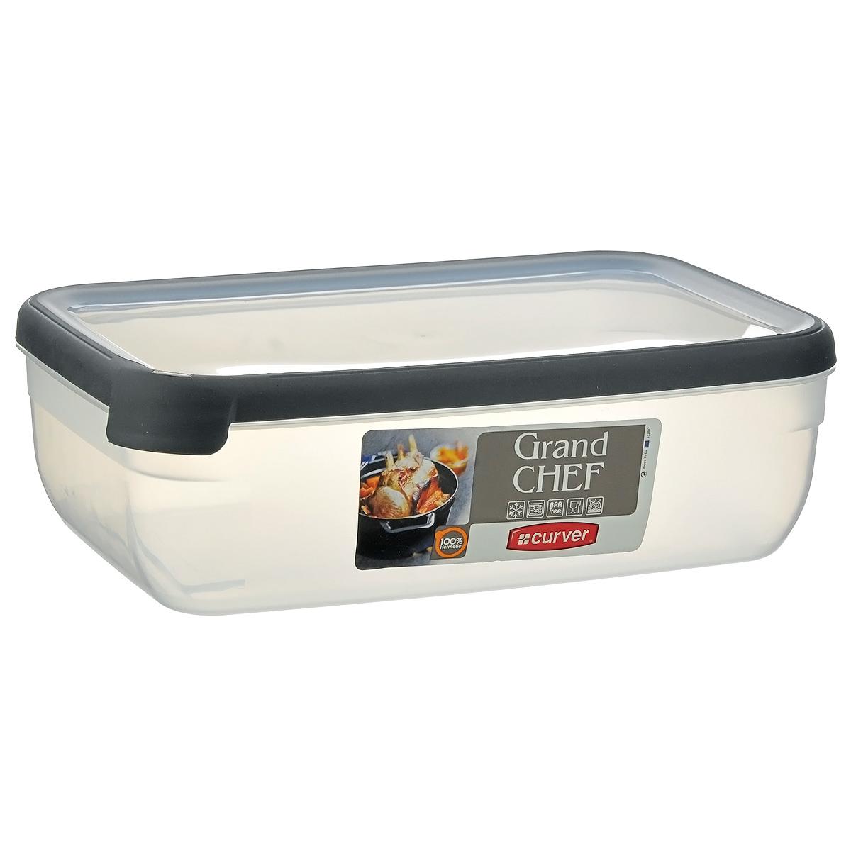 Емкость для заморозки и СВЧ Curver Grand Chef, цвет: серый, 4 л00010-673-00Прямоугольная емкость для заморозки и СВЧ Grand Chef изготовлена из высококачественного пищевого пластика (BPA free), который выдерживает температуру от -40°С до +100°С. Стенки емкости и крышка прозрачные. Крышка по краю оснащена силиконовой вставкой, благодаря которой плотно и герметично закрывается, дольше сохраняя продукты свежими и вкусными. Емкость удобно брать с собой на пикник, дачу, в поход или просто использовать для хранения пищи в холодильнике. Можно использовать в микроволновой печи и для заморозки в морозильной камере. Можно мыть в посудомоечной машине.