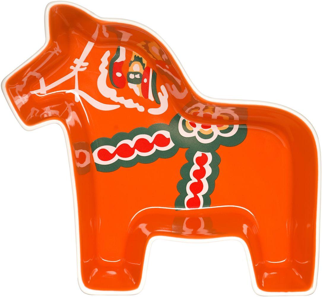 Конфетница Sagaform Animal, 21 х 19 см5015862Изящная конфетница Sagaform Animal, изготовленная из высококачественной керамики, предназначена для красивой сервировки конфет. Изделие выполнено в виде красивой и ярко раскрашенной Далекарлийской лошадки. Конфетница Sagaform Animal оригинально украсит ваш стол и станет прекрасным дизайнерским решением. Можно мыть в посудомоечной машине.