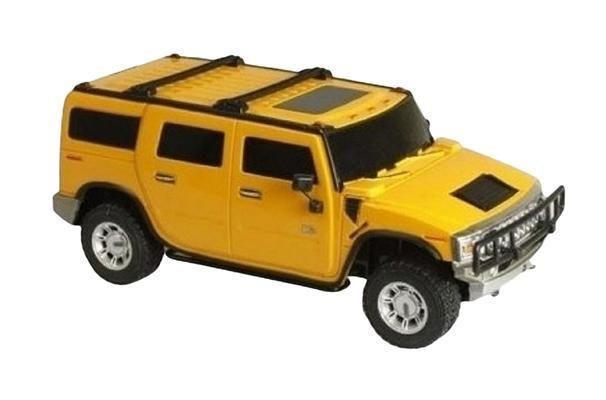 Rastar Радиоуправляемая модель Hummer H2 цвет желтый масштаб 1:1428100, 28800Хаммер — это рабочая лошадка американской военщины. Его ненавидят все на городских дорогах — и именно это больше всего радует водителей. Еще, как считалось, Хаммер невозможно перевернуть, но трезвый русский прапорщик смог доказать обратное. Модель этой машины доставляет кучу неуставной радости и вообще здорово смотрится как подарок.