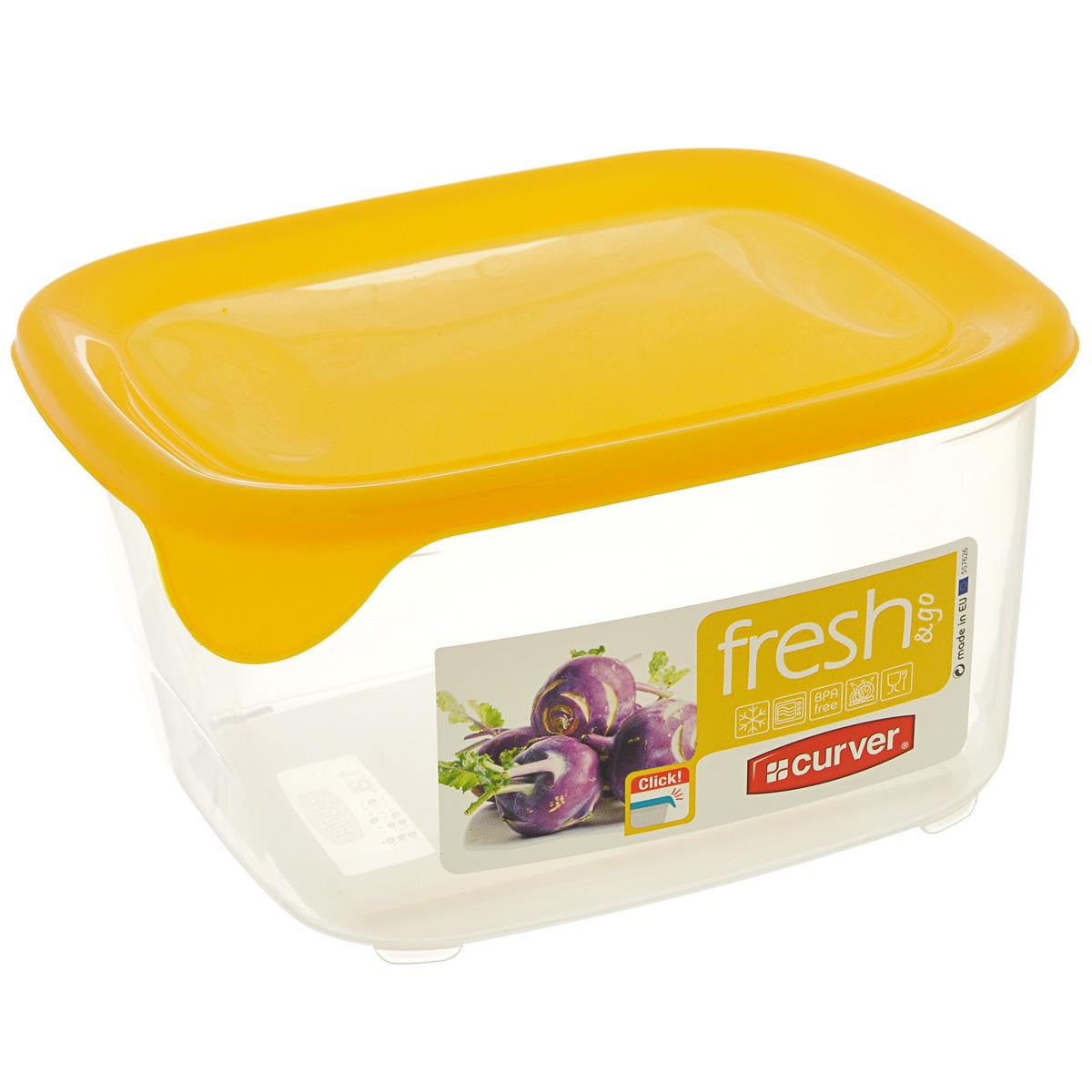 Емкость для заморозки и СВЧ Curver Fresh & Go, цвет: желтый, 1,2 л00560-007-01Квадратная емкость для заморозки и СВЧ Curver Fresh & Go изготовлена из высококачественного пищевого пластика (BPA free), который выдерживает температуру от -40°С до +100°С. Стенки емкости прозрачные, а крышка цветная. Она плотно закрывается, дольше сохраняя продукты свежими и вкусными. Емкость удобно брать с собой на работу, учебу, пикник или просто использовать для хранения пищи в холодильнике. Можно использовать в микроволновой печи и для заморозки в морозильной камере. Можно мыть в посудомоечной машине.