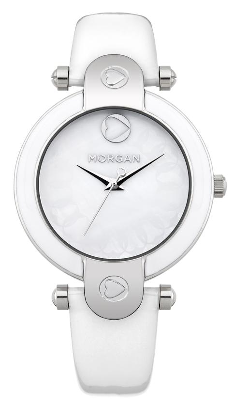 Наручные часы женские Morgan, цвет: белый, перламутровый, серебристый. M1176WM1176WЭлегантные наручные часы Morgan выполнены из нержавеющей стали с IP-покрытием серебристого цвета и оформлены вставкой из эмали, минерального стекла, натуральной лакированной кожи. Циферблат изделия дополнен перламутром с символикой бренда. Часы оснащены механизмом Miyota с тремя стрелками, полированным корпусом, устойчивым к царапинам минеральным стеклом, степенью влагозащиты 3atm. Изделие дополнено ремешком из натуральной кожи. Ремень оснащен застежкой-пряжкой с возможностью регулировать длину изделия. Часы поставляются в фирменной упаковке. Стильные часы подчеркнут изящество женской руки и отменное чувство стиля их обладательницы.