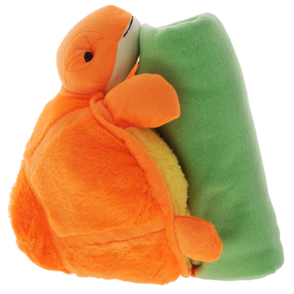 Набор Home Queen Черепашка: плед, игрушка, цвет: оранжевый, зеленый67427Набор Home Queen Черепашка состоит из мягконабивной игрушки и флисового пледа желтого цвета. Мягкий флисовый плед согреет в прохладные вечера и сделает ваш дом уютным. Плед не скатывается и не вызывает аллергии, легко стирается и быстро сохнет. Таким пледом можно уютно укрыться дома или взять с собой в путешествие. Игрушка в виде черепашки изготовлена из приятного на ощупь плюша с мягким синтепоном внутри. Может использоваться как подушка. Набор Home Queen Черепашка - интересный и полезный подарок для ребенка. Плед и игрушка прекрасно дополнят интерьер детской и порадуют вашего малыша.