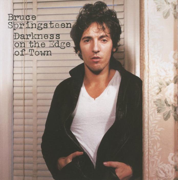 Издание содержит 4-страничный буклет с текстами песен на английском языке.