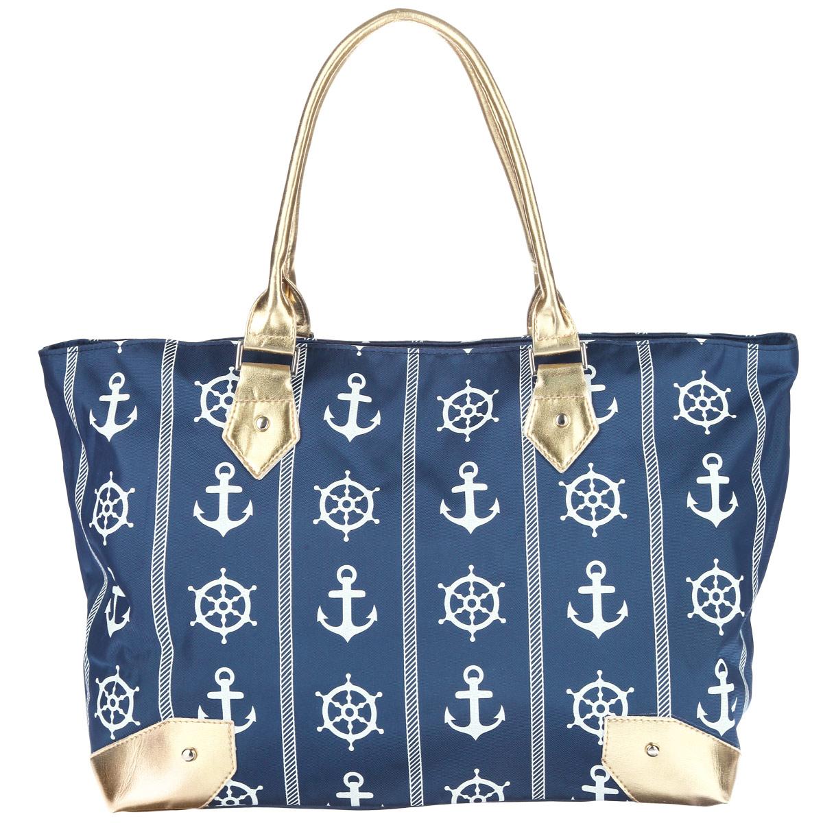 Сумка дорожная Antan Морской стиль, цвет: синий. 1-21-2 Морской стиль 2/синийВместительная дорожная сумка Antan выполнена из качественного полиэстера, оформлена оригинальным морским принтом и вставками из золотой кожи. Сумка состоит из одного отделения и закрывается на застежку-молнию с оригинальным бегунком вытянутой формы. Внутри - два накладных кармана на застежке-молнии. Удобные мягкие ручки выполнены из яркой золотой искусственной кожи. Дно сумки уплотнено. Такая модель отлично подойдет для поездок