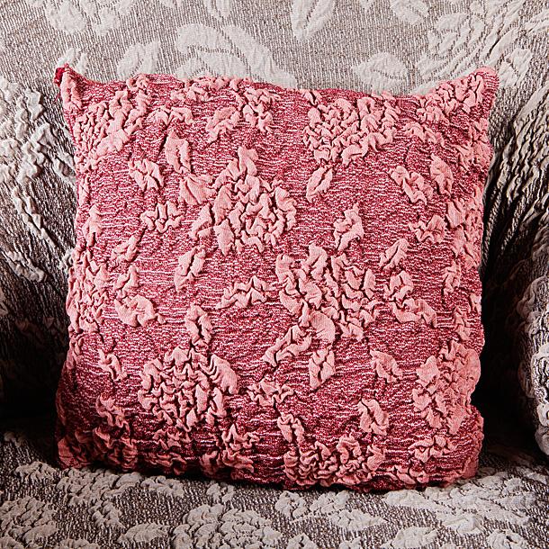 Наволочка декоративная Еврочехол Розы, 25 х 30 см, 2 шт5/33-17Наволочка декоративная Еврочехол Розы на подушки Жаккард подойдет для тех, кто хочет защитить декоративные диванные подушки от постоянных воздействий. Чехол изготовлен из хлопка, полиэстера и эластана, и закрывается на застежку-молнию. Выпуклый узор с эффектом 3D придает утонченность этому изделию. Этот еврочехол, благодаря прочности ткани, станет идеальным решением для владельцев домашних животных. Кроме того, натуральный состав ткани гипоаллергенен, а потому безопасен для малышей или людей пожилого возраста. Его по достоинству оценят любители романтизма, ампира, прованса, регентства и других интерьерных стилей, отличающихся элегантностью, изысканностью и чувственностью. Чехол подходит на подушки размером до 40 см. Комплектность: 2 шт.