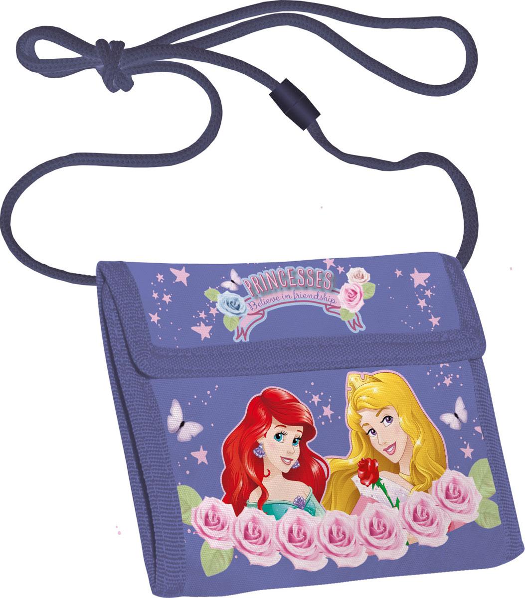 Кошелек детский Disney Princess, цвет: сиреневыйPRCB-MT1-022Яркий детский кошелек Disney Princess выполнен из полиэстера и оформлен красочным рисунком. Внутри кошелек оснащен отделением для денежных купюр и карманом на застежке-молнии. Кошелек складывается втрое и закрывается широким клапаном на липучку. На внутренней стороне предусмотрен шнурок, с помощью которого изделие можно носить через плечо или на шее. Кошелек Disney Princess станет надежным спутником для вашего ребенка!
