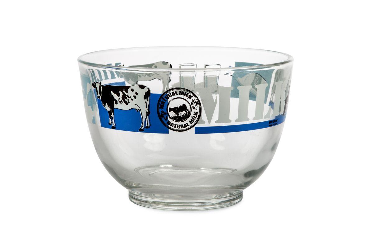Салатница Cerve Молоко, 690 млCEM37480Салатница Cerve Молоко изготовлена из прочного стекла и декорирована красочным рисунком. Она легко моется в теплой воде. Яркая салатница станет украшением вашего стола и прекрасно подойдет для использования, как дома, так и на даче или пикниках. Можно мыть в посудомоечной машине. Объем салатницы: 690 мл. Диаметр салатницы (по верхнему краю): 13 см. Высота стенки салатницы: 9 см.