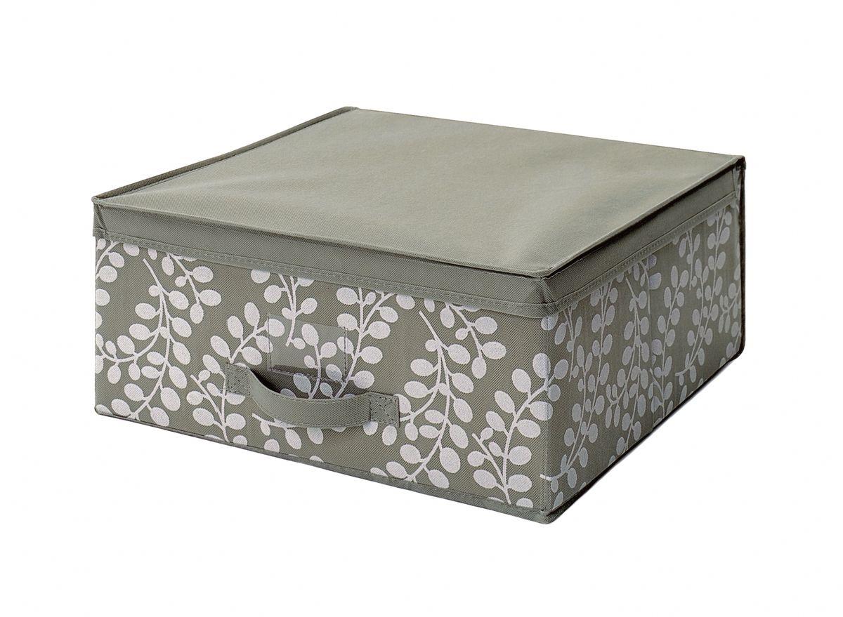 Чехол-коробка 45х45х20 см Флораль. COVLSCTF02COVLSCTF02Складывающийся чехол из дышащего нетканого материала (полипропилен), безопасного в использовании, для хранения одежды, одеял, др. вещей. Представляет собой закрывающуюся крышкой коробку жесткой конструкции благодаря наличию внутри плотных листов картона. Пропускает воздух, но при этом надежно защищает от пыли, моли и солнечных лучей. Имеет удобную ручку для переноски.