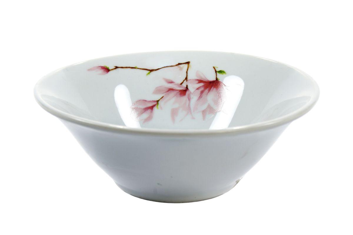 Салатник Dasen Ваниль, диаметр 14 смDNDSS-B009-4Салатник Dasen Ваниль изготовлен из высококачественного фаянса. Предназначен для красивой подачи различных блюд. Изделие украшено ярким красочным рисунком. Такой салатник украсит сервировку стола и подчеркнет прекрасный вкус хозяйки. Можно мыть в посудомоечной машине и использовать в микроволновой печи. Диаметр: 14 см. Высота: 4,5 см.