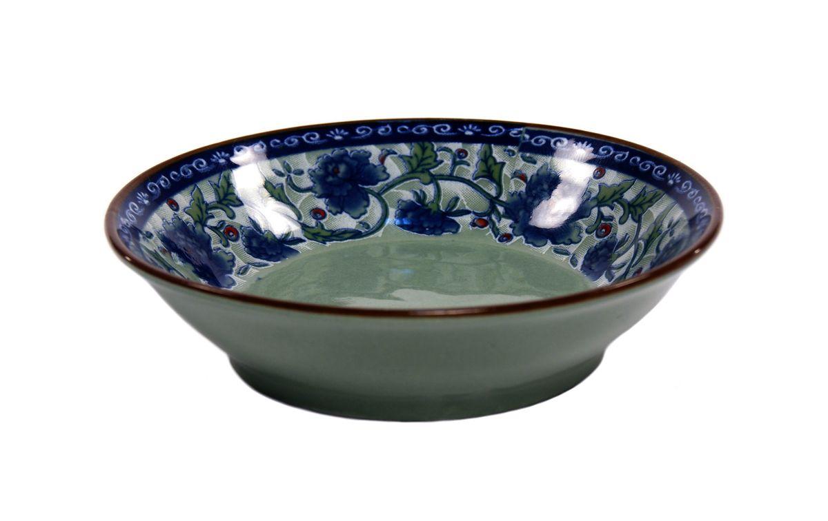 Блюдце для соуса Nanshan Porcelain Харбин, диаметр 9,5 смGNNSHB037Блюдце Nanshan Porcelain Харбин изготовлено из высококачественной керамики. Предназначено для красивой подачи различных соусов. Посуда безопасна для здоровья и окружающей среды. Внутренние стенки оформлены изящным узором. Такое блюдце украсит сервировку стола и подчеркнет прекрасный вкус хозяйки. Оно дополнит коллекцию вашей кухонной посуды и будет служить долгие годы. Можно мыть в посудомоечной машине и использовать в СВЧ. Диаметр: 9 см. Высота: 2,5 см.