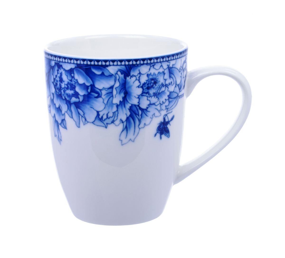 Кружка Nanshan Porcelain Наньшань, 300 млGNNSNN010Кружка Nanshan Porcelain Наньшань, выполненная из высококачественной керамики, декорирована цветочным узором. Изделие оснащено удобной ручкой. Кружка сочетает в себе оригинальный дизайн и функциональность. Благодаря такой кружке пить напитки будет еще вкуснее. Кружка Nanshan Porcelain Наньшань согреет вас долгими холодными вечерами. Можно использовать в посудомоечной машине и микроволновой печи. Объем: 300 мл. Диаметр (по верхнему краю): 8 см. Высота кружки: 10 см.