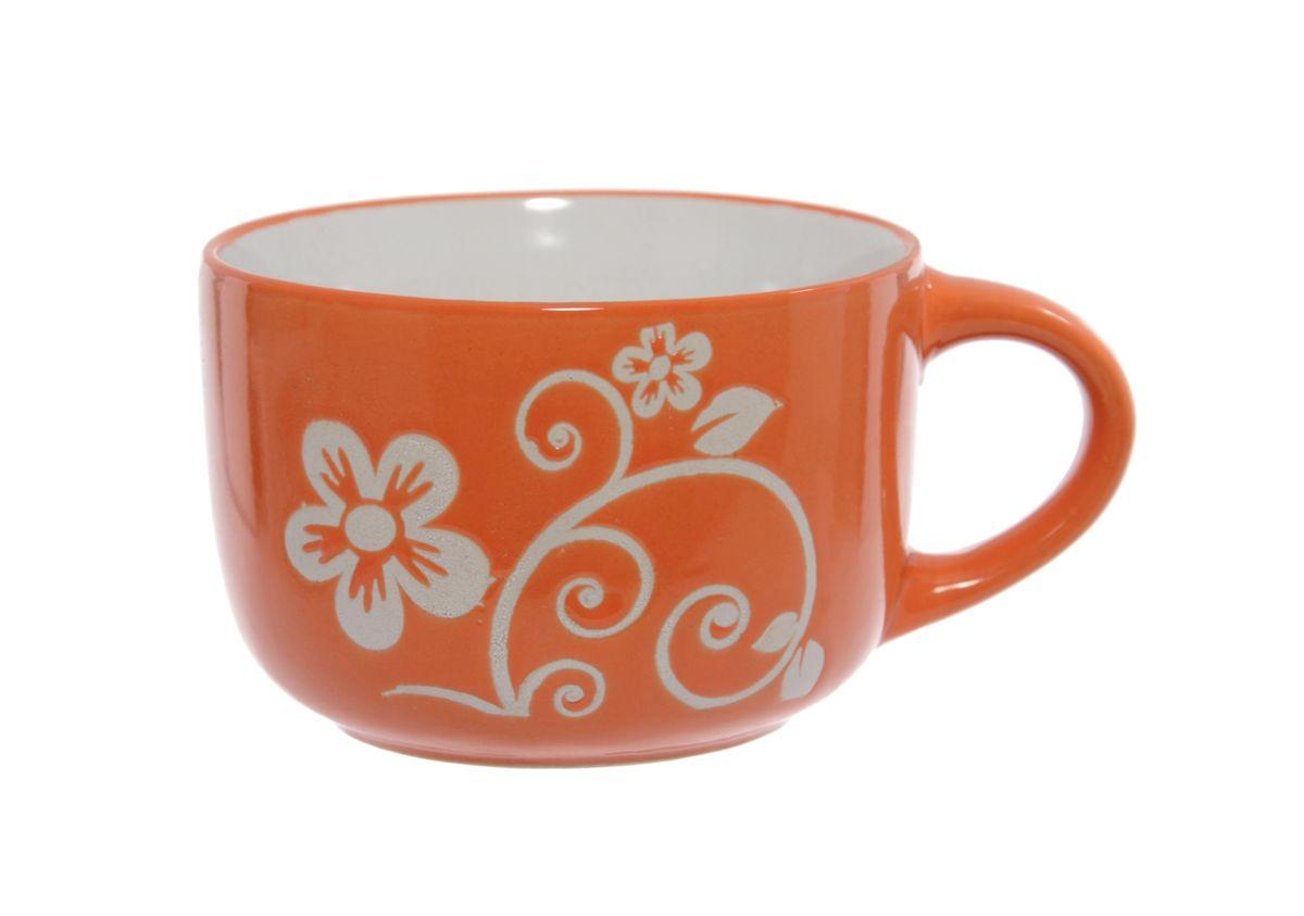 Чашка Wing Star, цвет: оранжевый, белый, 460 мл. LJ2136-3226LJ2136-3226Чашка Wing Star изготовлена из керамики и украшена цветочным принтом. Wing Star - качественная керамическая посуда из обожженной, глазурованной снаружи и изнутри глины с оригинальными рисунками. При изготовлении данной посуды широко используется рельефный способ нанесения декора, когда рельефная поверхность подготавливается в процессе формовки и изделие обрабатывается с уже готовым декором. Благодаря этому достигается эффект неровного на ощупь рисунка, как бы утопленного внутрь глазури и являющегося его естественным элементом. Чашку можно использовать в СВЧ и мыть в посудомоечной машине. Диаметр (по верхнему краю): 11 см. Высота стенки: 7,5 см. Объем чашки: 460 мл.