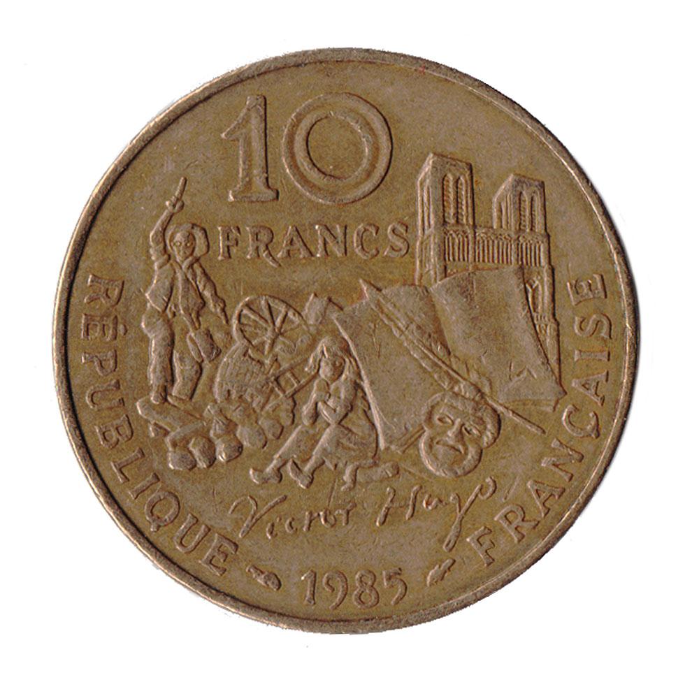 Монета номиналом 10 франков 100-летие со дня смерти Виктора Гюго. Франция. 1985 год401306Материал: Никель, бронза Диаметр: 26 мм. Вес: 10 гр. Сохранность: Очень хорошая.