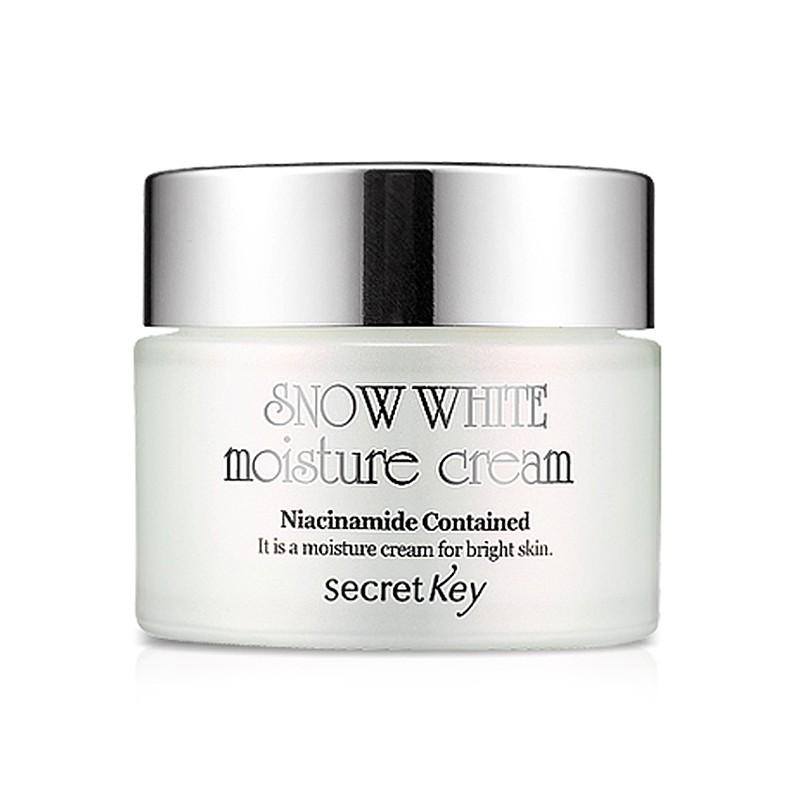 Secret Key Отбеливающий крем для лица Snow White moisture cream 50 гр94593Отбеливающий многофункциональный крем Secret Key Snow White Cream не только осветляет кожу, придавая ей ровный оттенок и улучшая цвет, но и оздоравливает ее. Основанный на молочных протеинах, крем активно питает и увлажняет кожу, оказывает выраженное регенерирующее и омолаживающее действие. Крем стимулируют выработку собственного коллагена, не вызывает раздражений и аллергических реакций. После применения кожа обновляется, приобретает здоровую упругость, становится более гладкой и эластичной. Крем может использоваться в качестве базы под макияж.