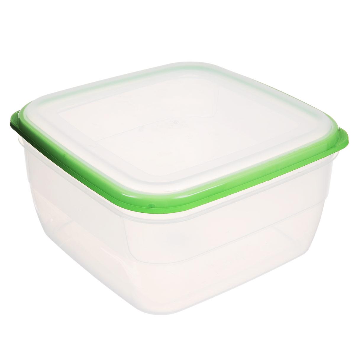 Контейнер Полимербыт Премиум, цвет: прозрачный, зеленый, 3 лС568Контейнер Полимербыт Премиум квадратной формы, изготовленный из прочного пластика, предназначен специально для хранения пищевых продуктов. Крышка легко открывается и плотно закрывается. Стенки контейнера прозрачные - хорошо видно, что внутри. Контейнер устойчив к воздействию масел и жиров, легко моется. Прозрачные стенки позволяют видеть содержимое. Контейнер имеет возможность хранения продуктов глубокой заморозки, обладает высокой прочностью. Подходит для использования в микроволновых печах. Можно мыть в посудомоечной машине.