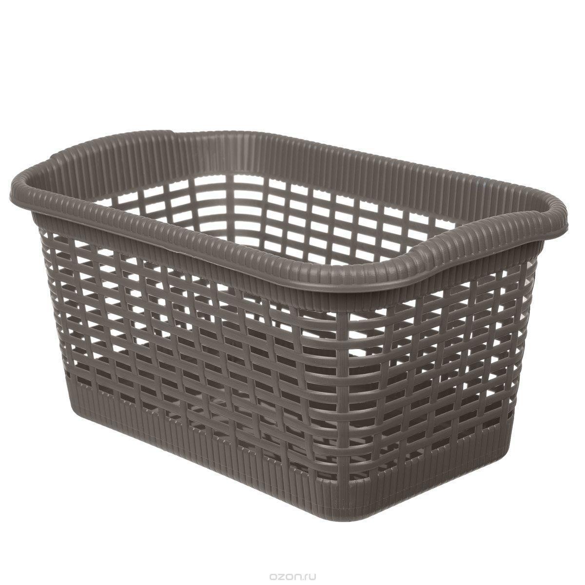 Корзина хозяйственная 43x32x25 см, 20 л коричневый3303Универсальная корзина «Gensini», выполненная из пластика, предназначена для хранения мелочей в ванной, на кухне, даче или гараже. Позволяет хранить мелкие вещи, исключая возможность их потери. Легкая воздушная корзина выполнена «под плетенку» и оснащена жесткой кромкой.