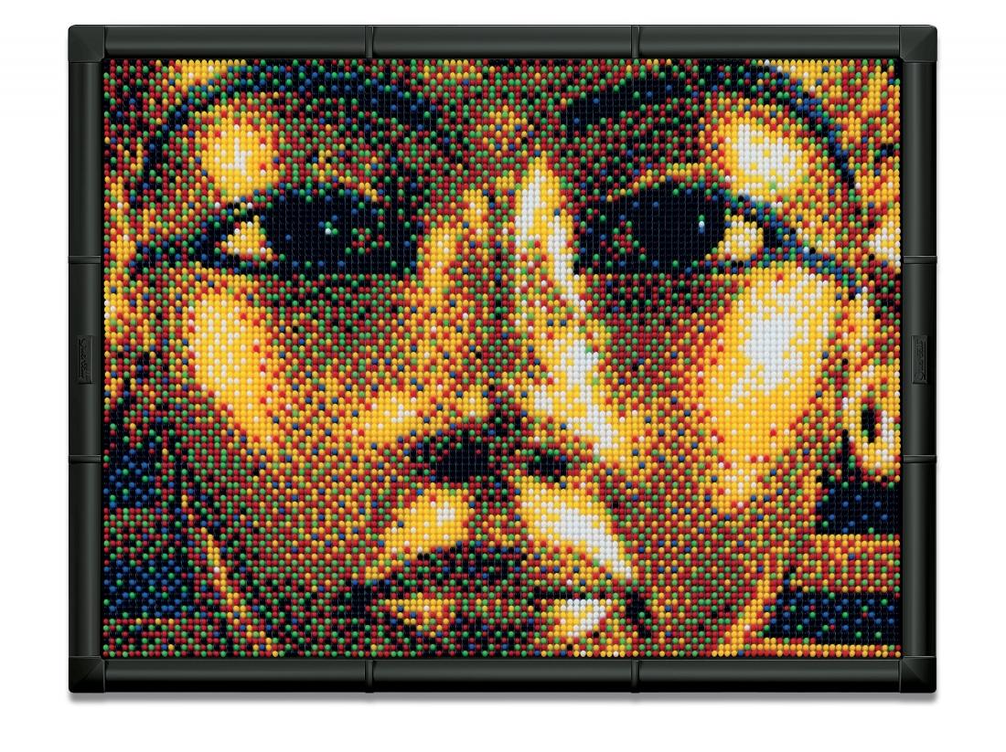 Пиксельная мозаика серии Арт Тутанхамон из 10800 элементов.802Пиксельная мозаика развивает творческие способности у детей, внимание и усидчивость. С пиксельной мозаикой Ваши дети могут создавать настоящие картины. Просто положите цветную схему на рабочее поле и начинайте втыкать гвоздики соответствующего цвета. После заполнения всего поля, картину можно вставить в рамочку и повесить на стену, как настоящую картину. В комплекте: 10800 деталей 6-ти цветов 9 соединяющих плат 1 фоторамка 9 шаблонов карт 1 плакат Инструкции Элементы изготовлены из безопасного пластика.